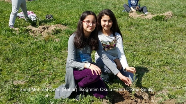 Şehit Mehmet Çetin İlkokulu Ağaç Dikme Şenliği 1523000128 169 1024x576