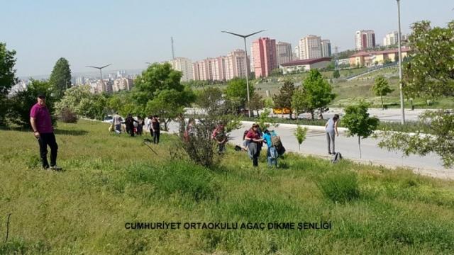 Cumhuriyet Ortaokulu Ağaç Dikme Şenliği 1524827271 355 1024x576